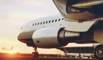 Servicio de envío express en transporte aéreo - Transporte urgente de documentos