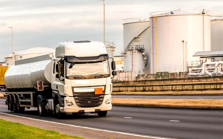 Transporte de mercancías peligrosas ADR por carretera
