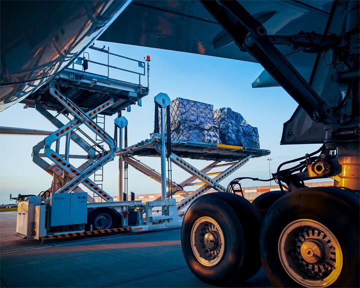 Envío express aéreo de paquetería on board courier OBC