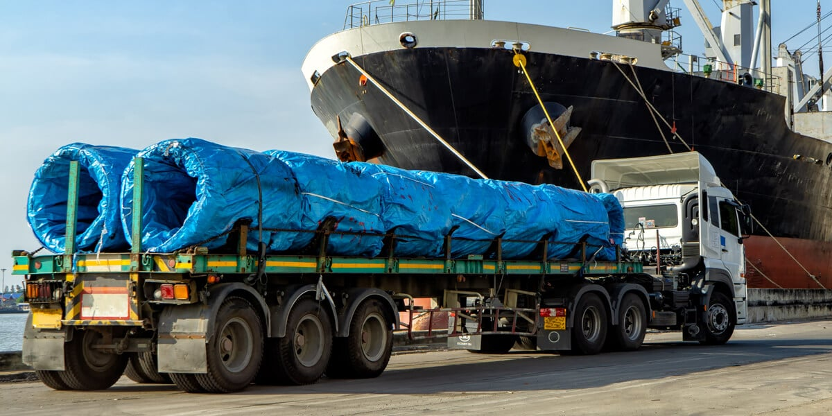Transport of oversized special cargo by road