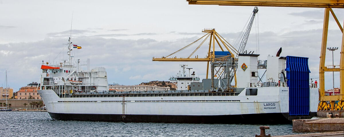 Sea Freight Ocean Maritime transport in charter mode